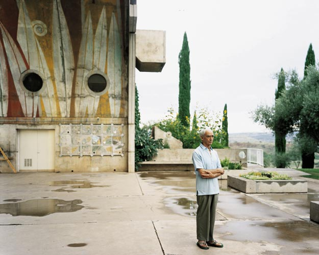 Paolo Soleri at Arcosanti, Cordes Junction, Arizona, August 2000. 2005